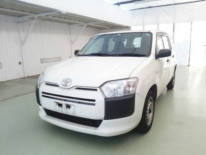 Used TOYOTA PROBOX, SUCCEED